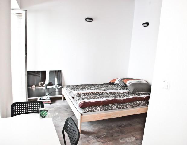 Apartament dla dwóch osób z aneksem kuchennym i łazienką